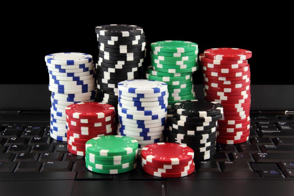 Poker303